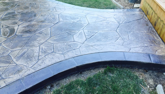 Pattern: Large Random Flagstone - Colors: Portabella With Dark Gray