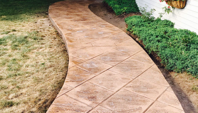 Pattern: Old English Sidewalk Slate - Colors: Sand Dune with Desert Tan
