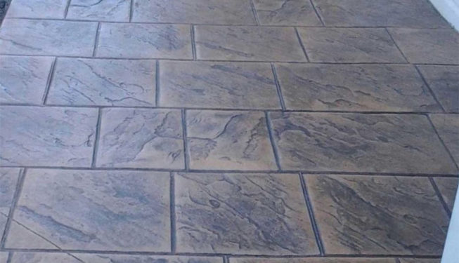 Pattern: Old English Sidewalk Slate - Colors- Weathered Oak with Dark Gray